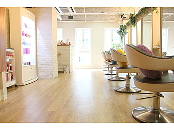 HAIR BRAND  Link 三宮店